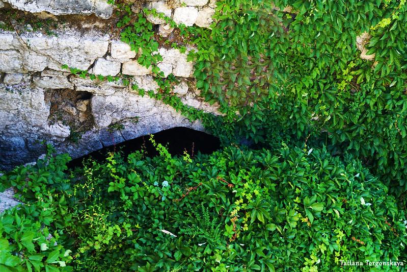 Входная арка внутри бастиона Валиер