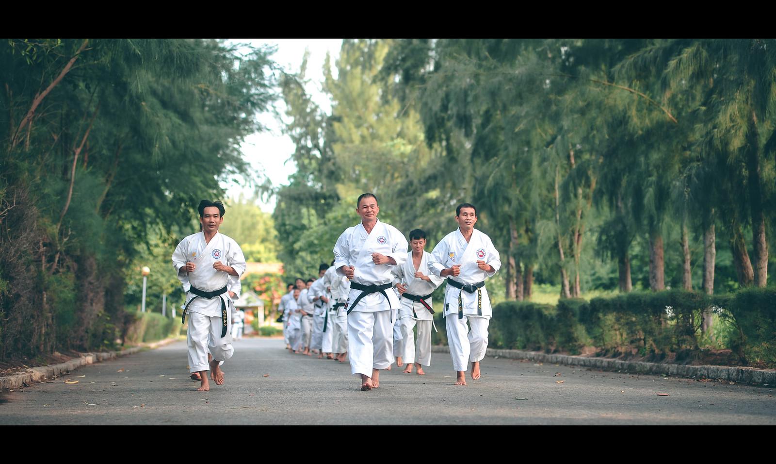 28861530577 b2b3ad48c9 h - Chùm ảnh Karate qua màu phim cực chất