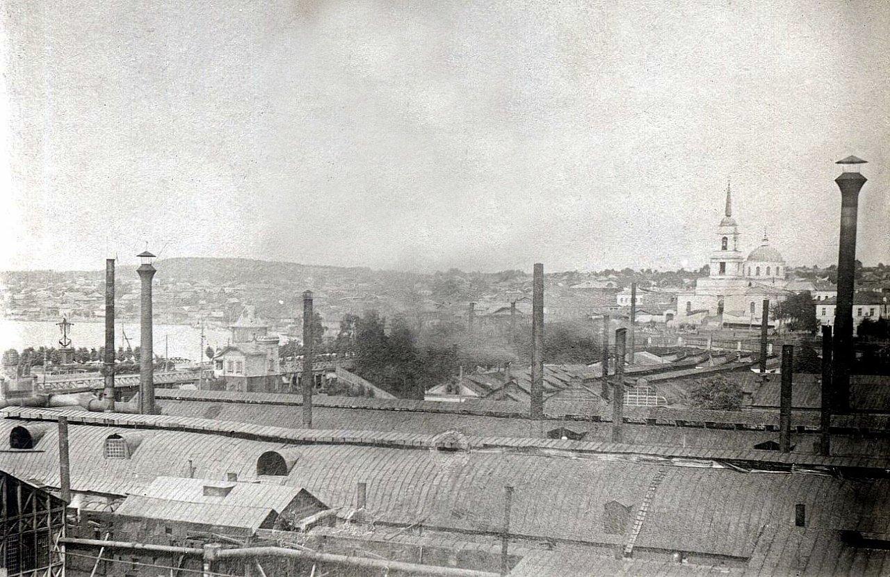Воткинский завод. Вид на завод, плотину и Благовещенский собор с Николаевского корпуса