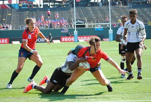 #rugby #rugbygirls #rwc7s #attpark Spain goes for the try against Fiji - women play as fierce as the men