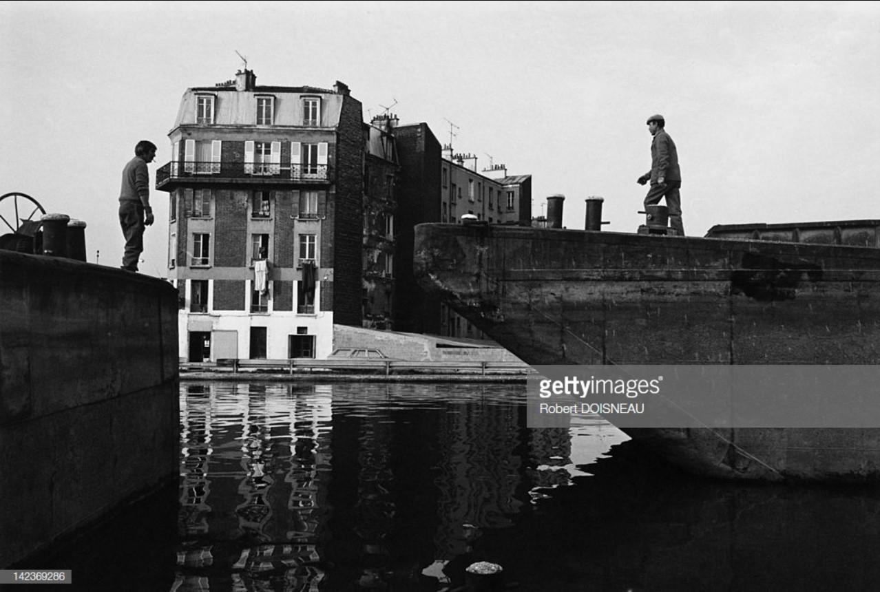 1986. Баржа у причала на Сене в Сен-Дени
