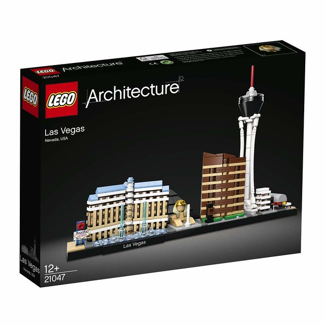 LEGO Architecture 21047 Las Vegas (2)