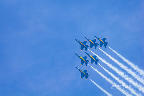Air formation. Photographer Gregory Bozik