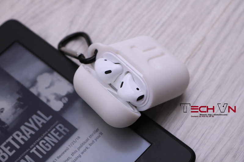 TechVn - Case airpods ROCK ốp bảo vệ airpods 02