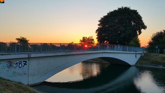 Iller -der Fluss > Sonnenaufgang am Illerkanal / Iller Rivière > lever de soleil sur le Canal de l'Iller