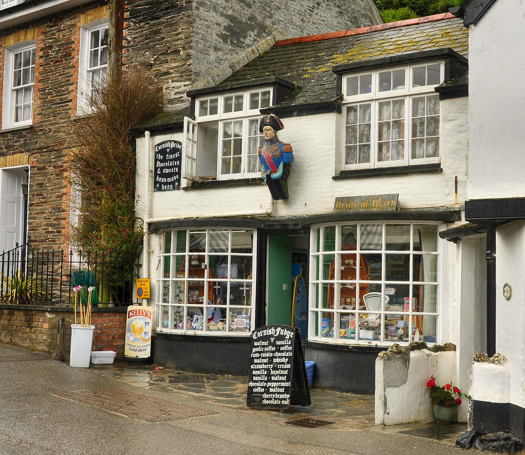 Pride of Place confectionary shop in Port Isaac, Cornwall. Credit Nilfanion
