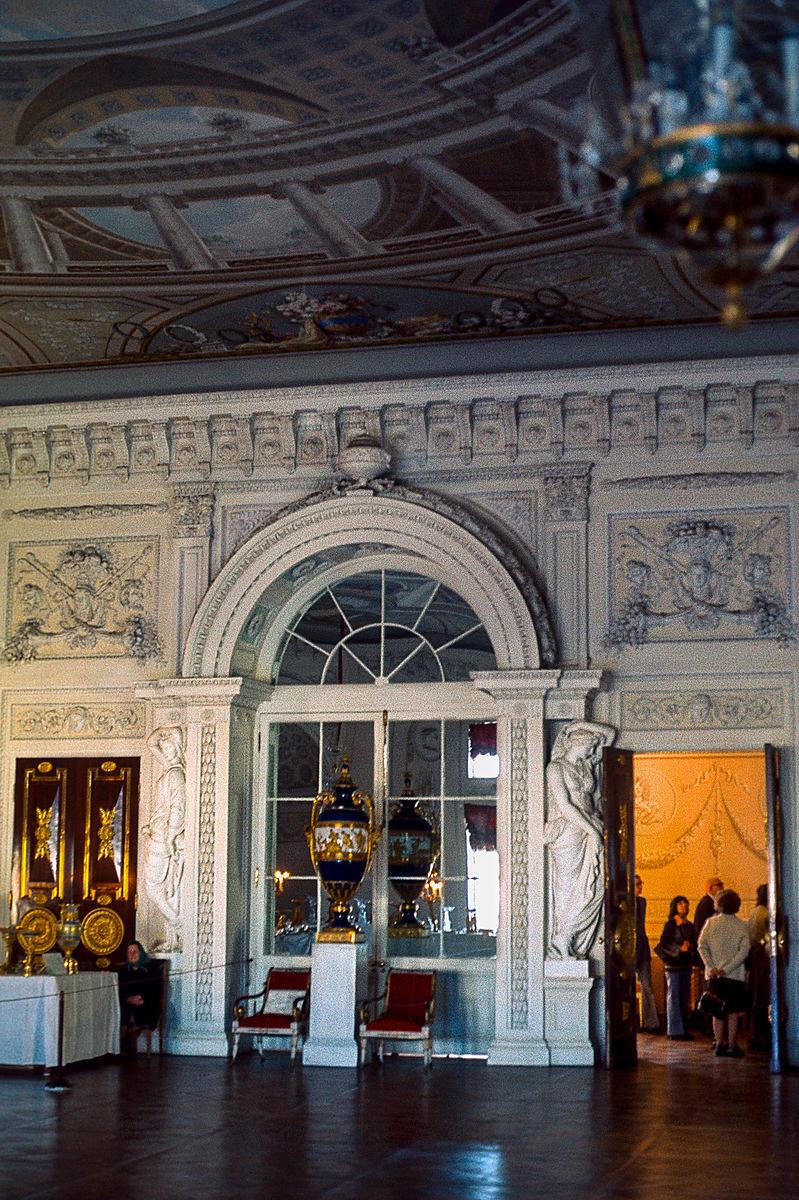 Павловск. Тронный зал