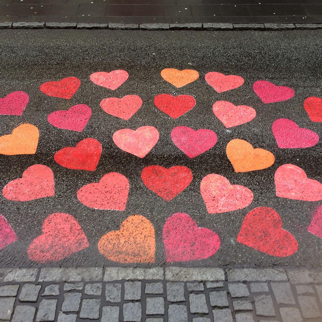 Hearts street art in Reykjavik