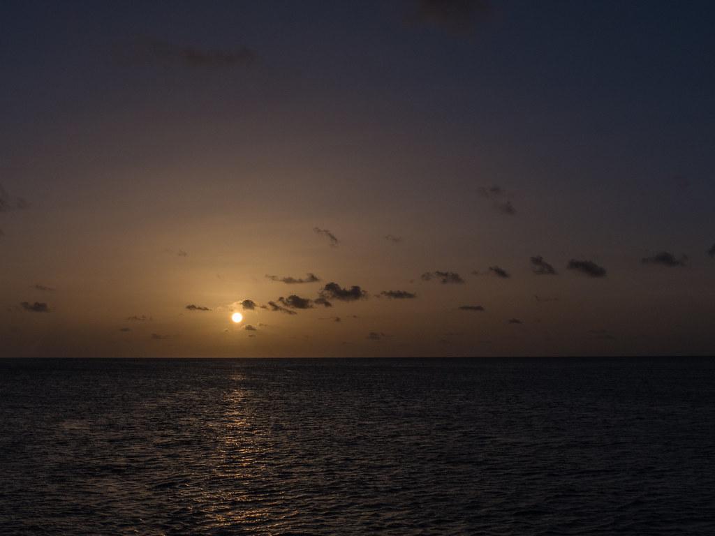 Coucher de soleil à Mayreau... 44099152182_ef50f3c51b_b