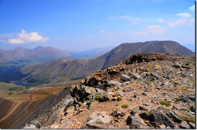 Looking southeast at Evans、Bierstadt & Square Top from the summit of Argentine Peak