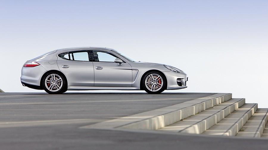 Porsche Panamera Turbo I 3