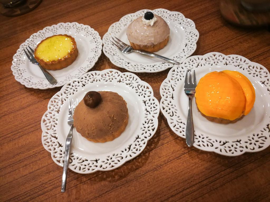 甜點櫃子 (9)