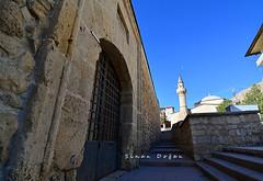 Hekimhan Selçuklu Kervansarayı ve Köprülü Mehmet Paşa Camii