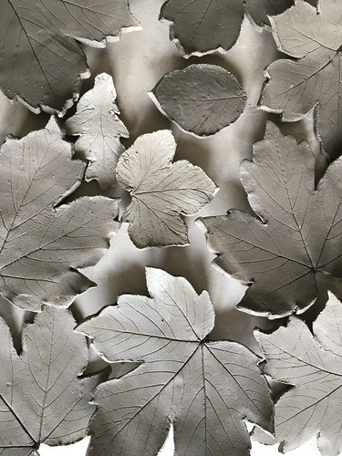 Raku leaves drying