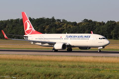 Boeing 737 -8F2 TURKISH AIRLINES TC-JVJ 60015 Mulhouse juin 2018