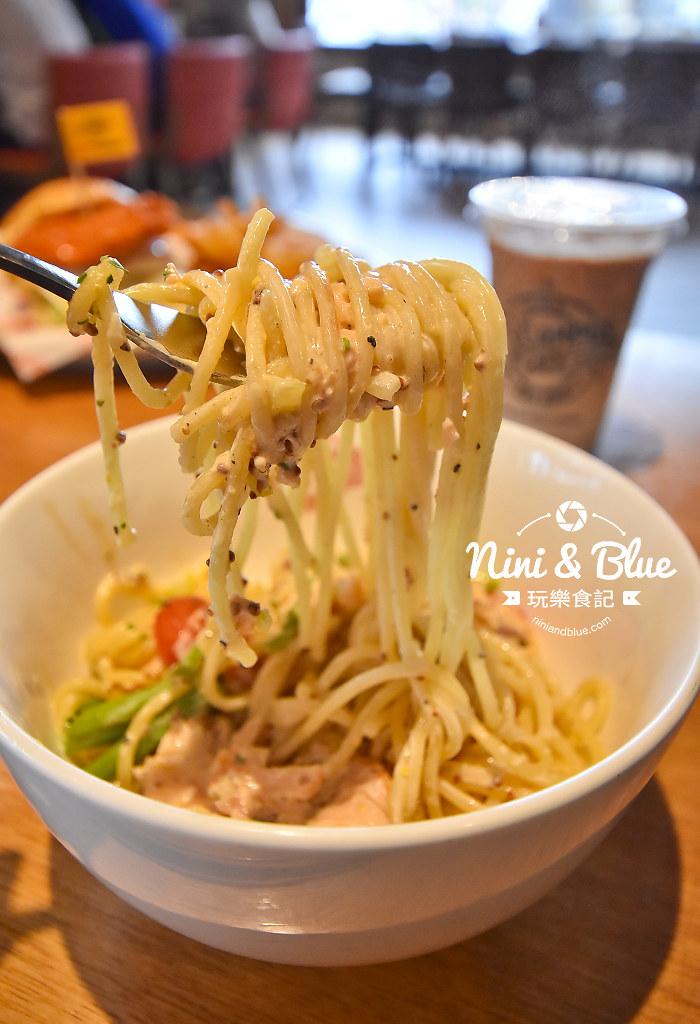 campus cafe 美式校園輕食 SOGO 13