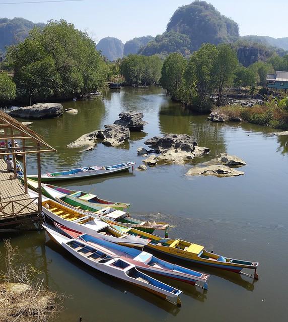 INDONESIEN , SULAWESI, von Makassar nach Tanah Toraja, Boote, 17539/10539