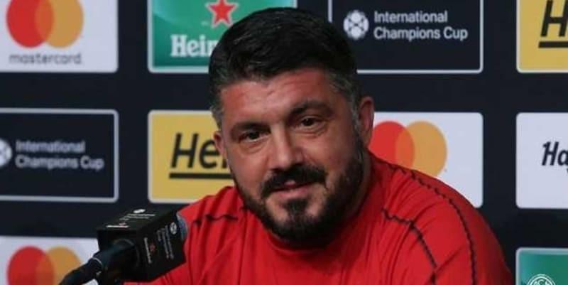 Pelatih AC Milan Tidak Ingin Mengandalkan Seorang Gonzalo Higuain Saja
