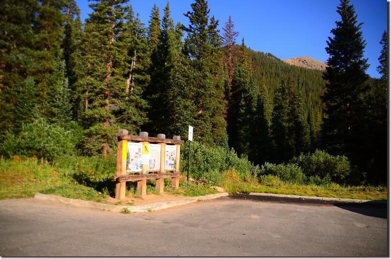 Silver Dollar Lake 1st Trailhead