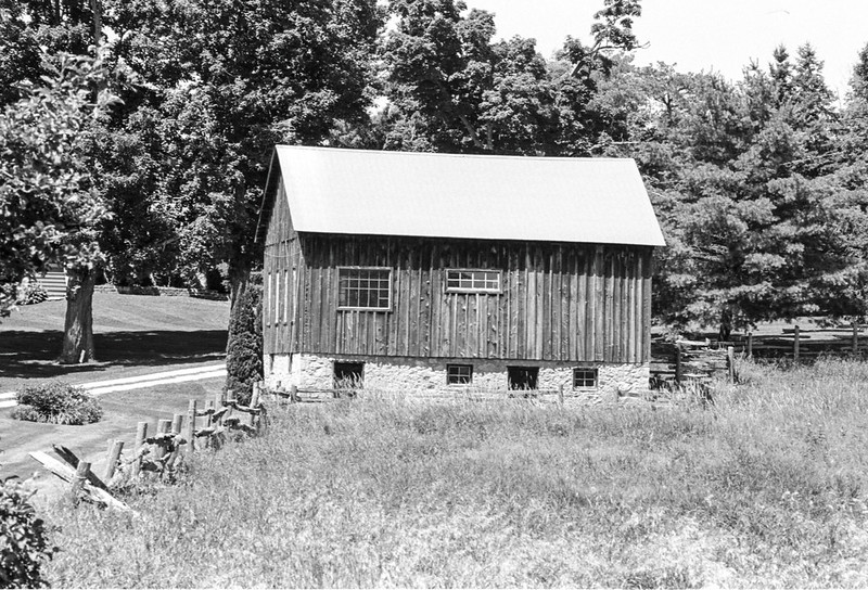 Barn on 2nd Line EHS II
