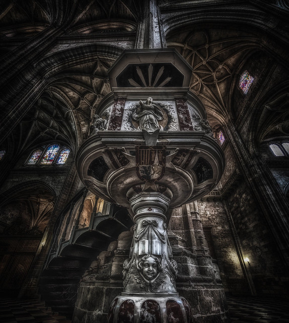 Gothic Pulpit, Canon EOS 5D MARK IV, Canon EF 11-24mm f/4L USM