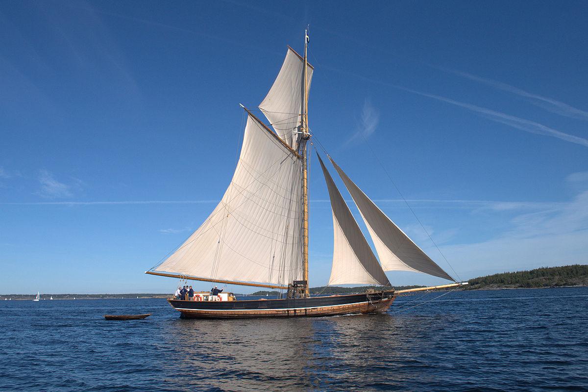The traditional wooden yacht (roslagsskuta) Sofia Linnea sailing outside Nämndö in the Stockholm archipelago. Photo taken on September 19, 2009.