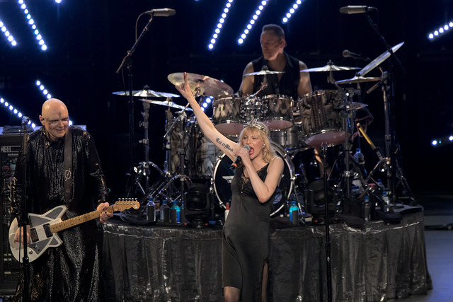 Smashing Pumpkins 20 w- Courtney Love