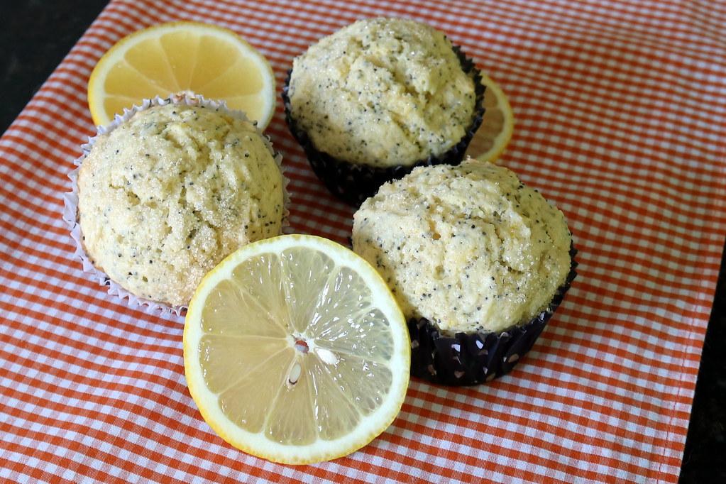 Muffins de Limão Siciliano e Semente de Papoula