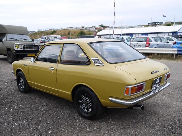 Toyota Corolla 1200 Economic 1976, Panasonic DMC-GF5, LUMIX G VARIO 14-42mm F3.5-5.6