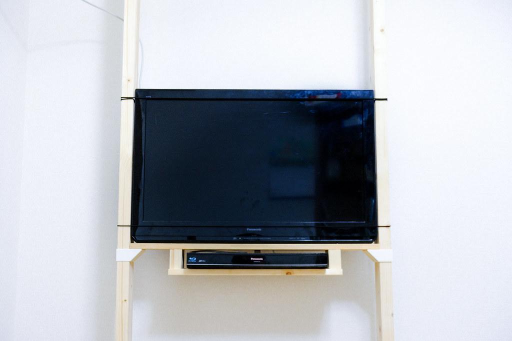 ラブリコでテレビ壁掛け 完成