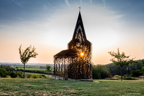 Bees' swarm shape church in Borgloon :)