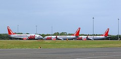 G-CELE BOEING 737 JET2 TAXIING PAST 2 JET2 B737 NEWCASTLE AIRPORT
