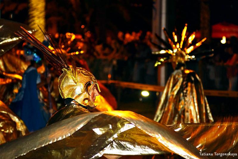 Выступление членов карнавальной группы  Будвы