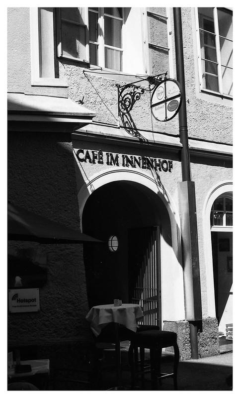 Salzburg Cafe Innenhof