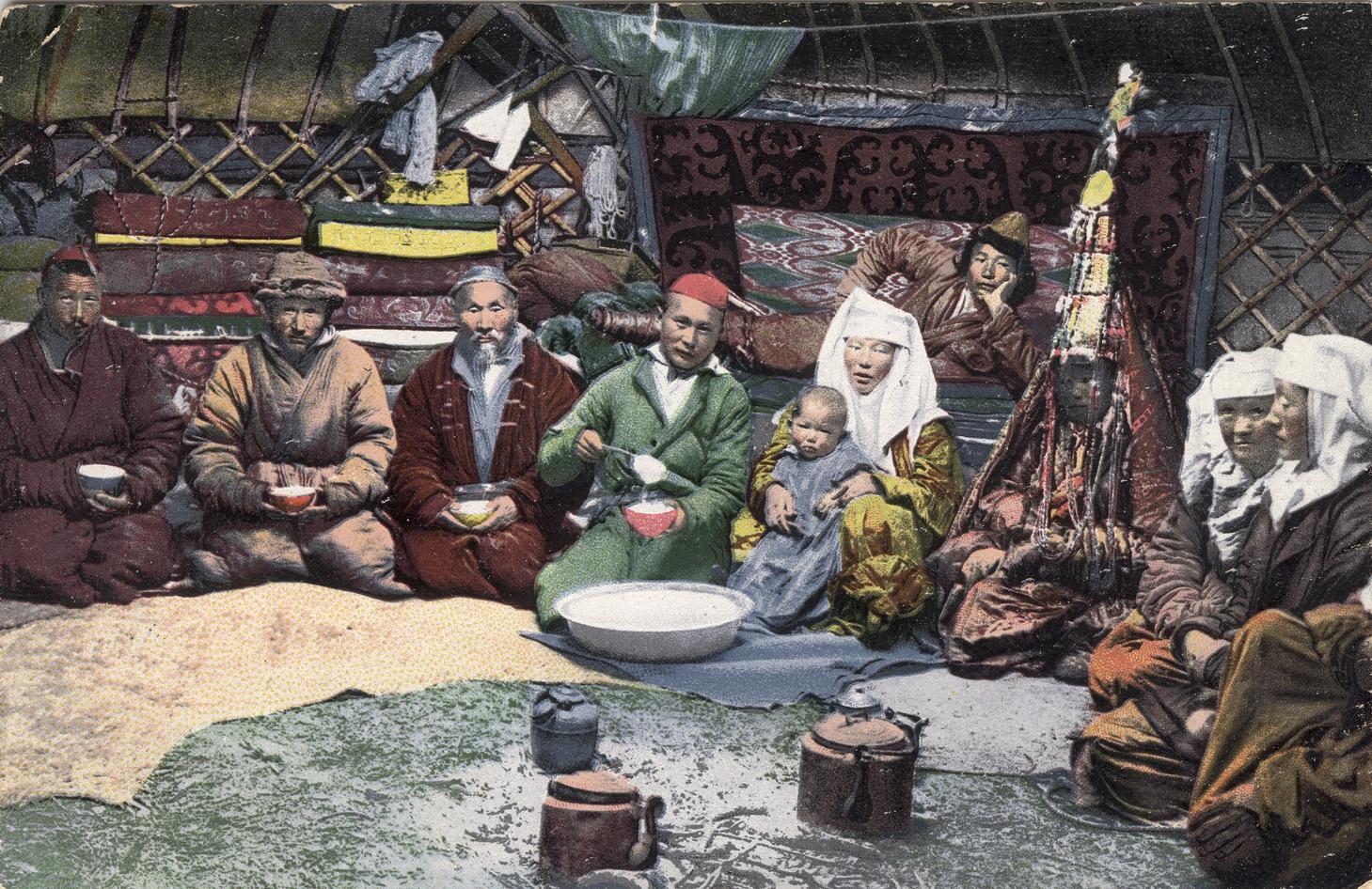 В казахской юрте
