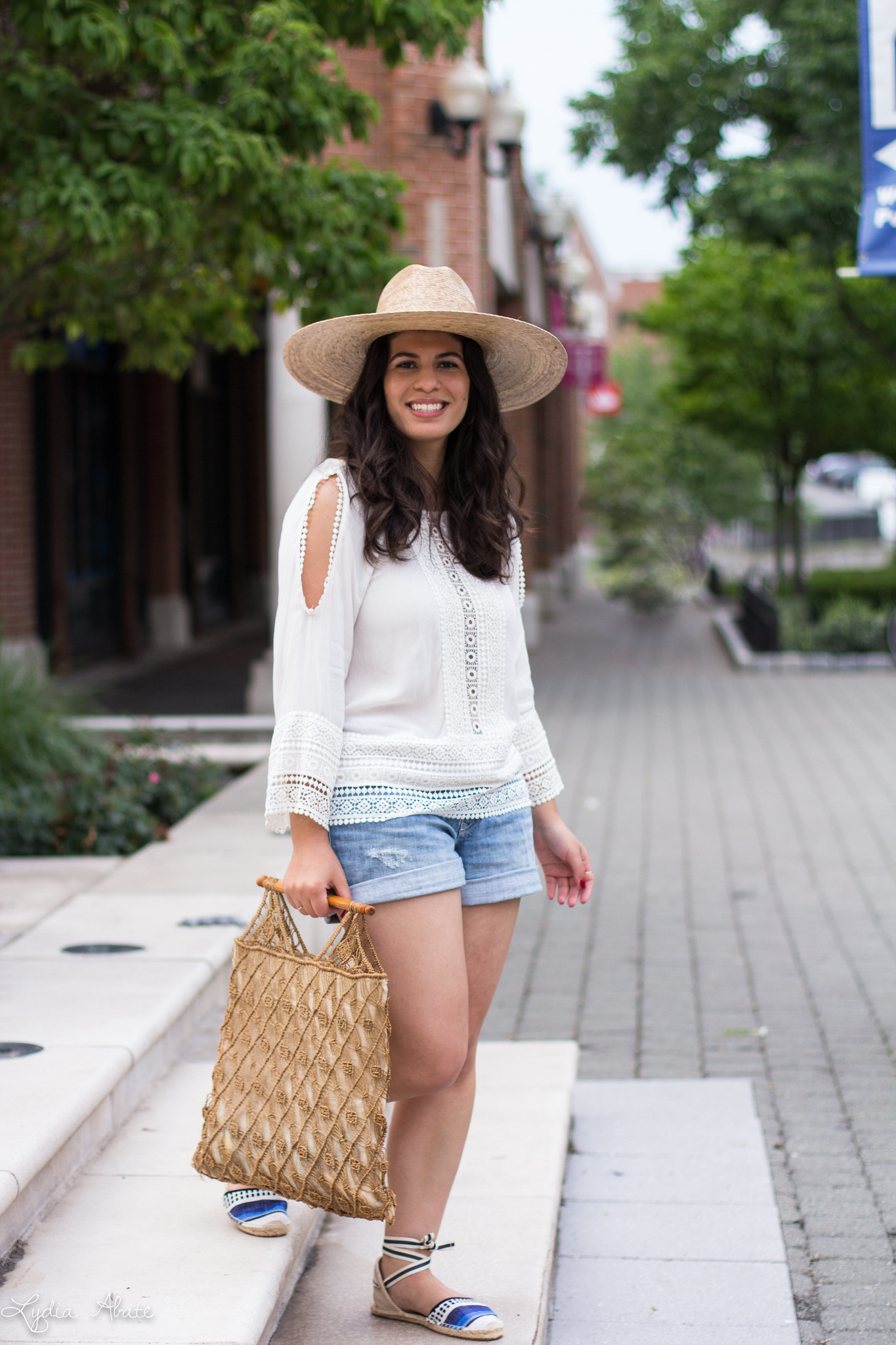 White lace blouse, denim boyfriend shorts, palma hat, vintage macrame bag-4.jpg