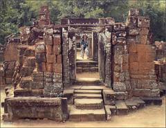 Angkor, Eastern Mebon Doorways 20180203_102039 DSCN2611