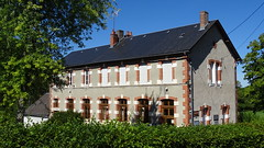 Lavault-de-Frétoy  (38)