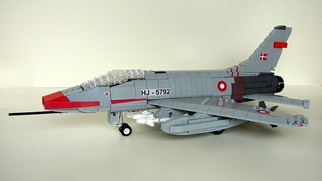 NA F-100 Super Sabre 100 (9)