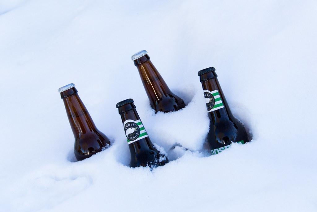 Житель Австрии предложил хранить пиво в сугробах