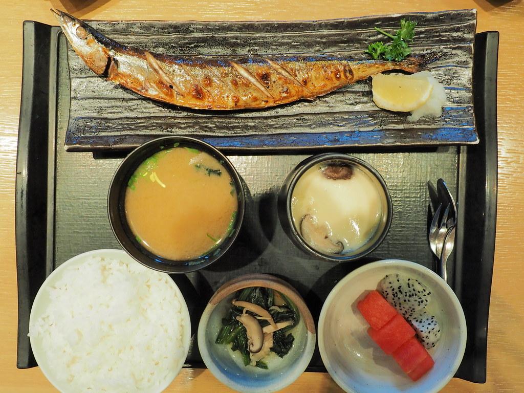 Rakuzen Japanese Restaurant's Yakizakana Zen (Grilled Fish Set, choice of Sanma fish) at 3 Damansara, Petaling Jaya