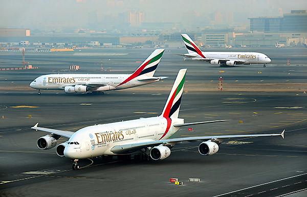 Emirates A380-Triple-Launch (Emirates)