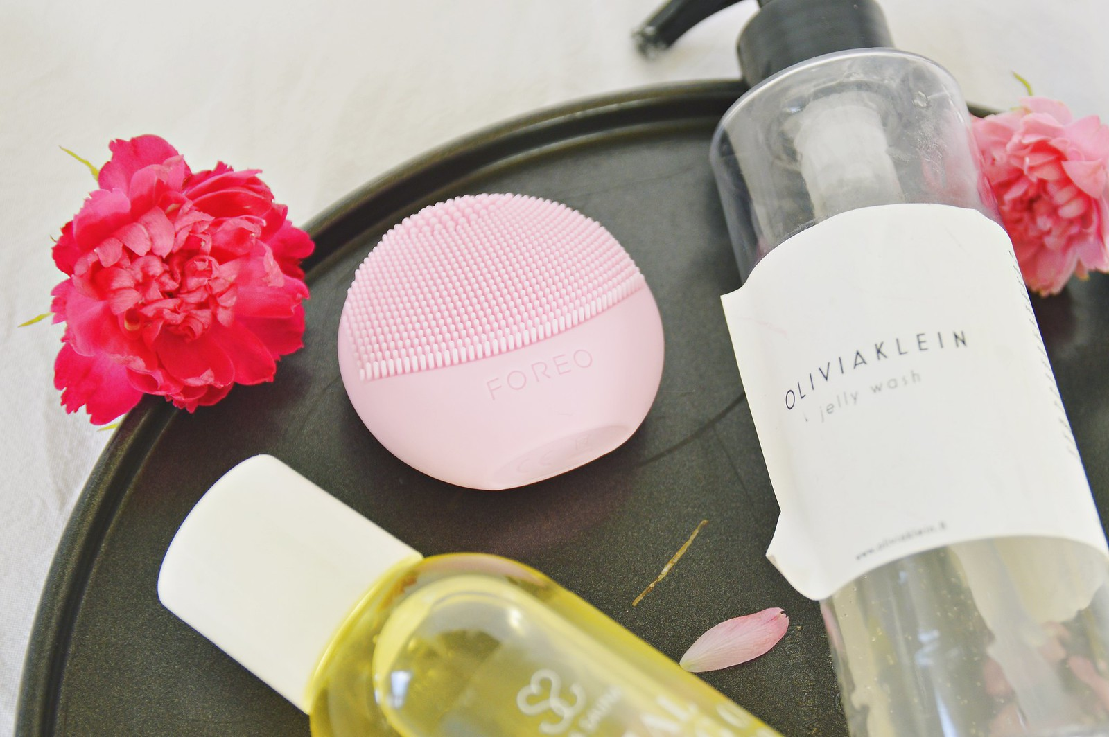 CLEANSING FOREO