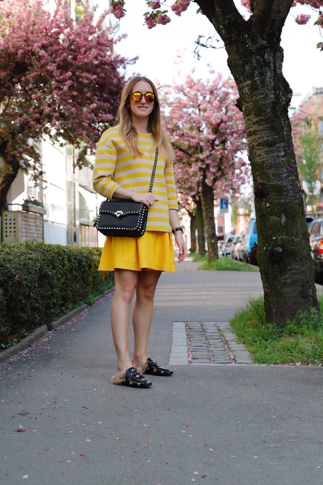 all-yellow-everything-whole-outfit-wiebkembg