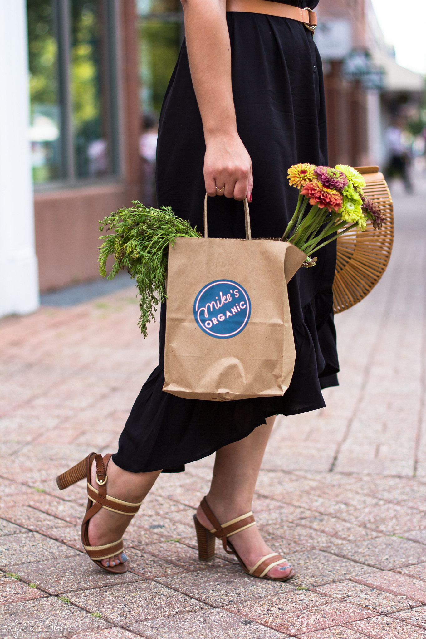 shopping bag with mikes organic-1.jpg
