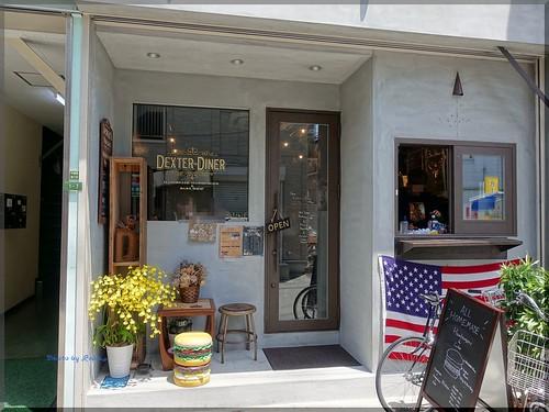 Photo:2018-06-17_ハンバーガーログブック_新店オープンに早速伺いました【中崎町】DexterDiner_07 By:logtaka