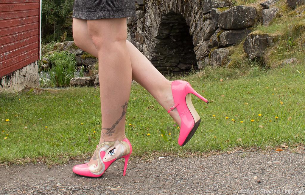 minna parikka, minna parikan kengät, celestia pink, yksisarviskengät, kengät yksisarvisilla