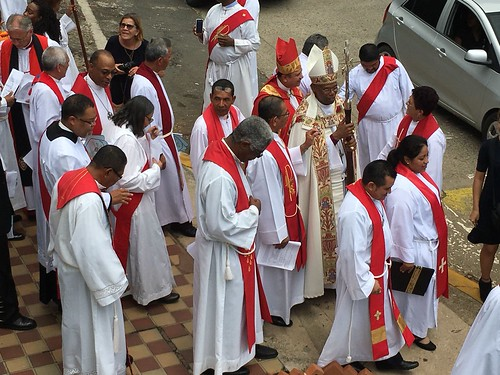 Scenes from the installation of Archbishop Julio Murray as Primate of the Anglican Church of Central America Region - e