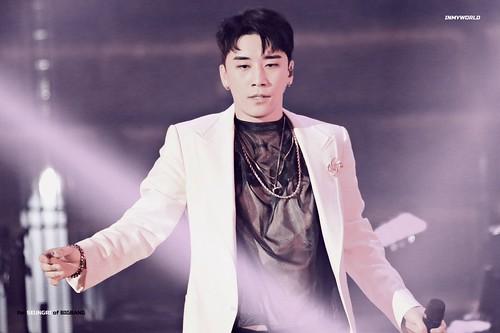 BIGBANG via inmyworld_vi - 2018-08-04  (details see below)