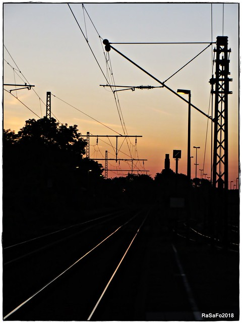 Train is coming soon..., Canon POWERSHOT SX260 HS